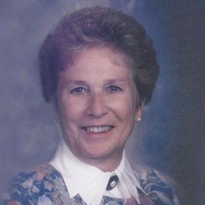 """Regina E. """"Reg"""" Sunderman Obituary Photo"""