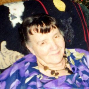 Vivian Howard Obituary Photo