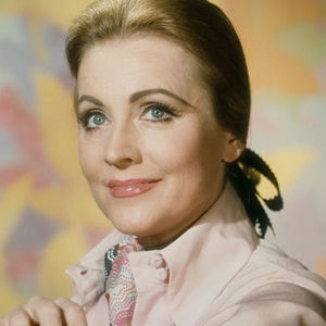 Anne Jeffreys Obituary Photo