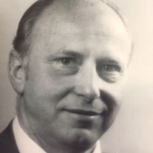 Henry  W. Ritzmann