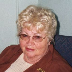 "Sylvia  ""Mompy"" Farris Stewart Obituary Photo"