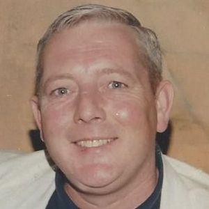 Robert J. MacPhee Obituary Photo