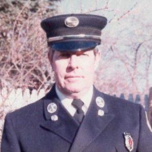 Mr. Robert T. Marshall Obituary Photo