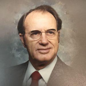 Estil T. Kizer