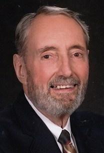Francis Lester Hesse obituary photo