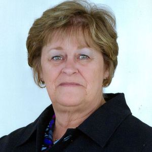 Linda Y. Booth Obituary Photo