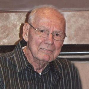 Elmer J. Sinderman Obituary Photo