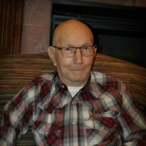 "Richard ""Dick"" Kallhoff Obituary Photo"