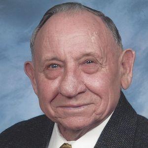 Raymond G. Voight Obituary Photo
