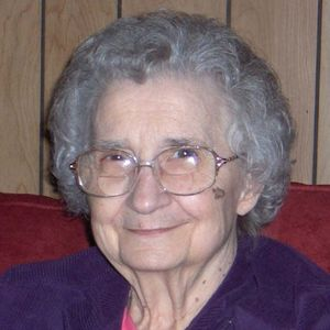 Lorraine Mae Knapp