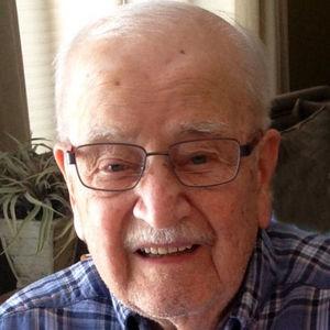 Walter Kuczera Obituary Photo