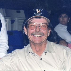 Larry  Cain Obituary Photo