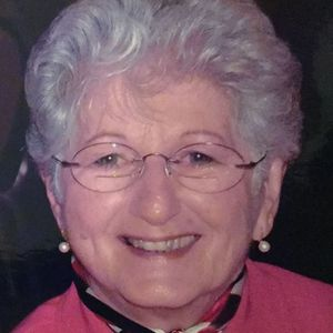 Mrs. Georgia M. Ravinski Obituary Photo