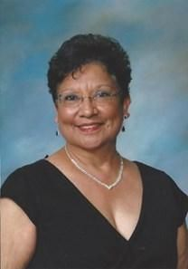 Ernestina Reyes obituary photo