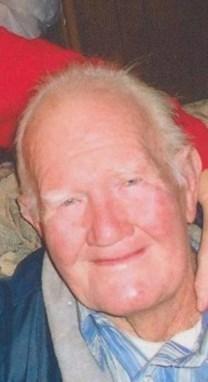 Howard H. Stobbs obituary photo